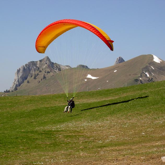 Paragliding Rougemont-Gstaad