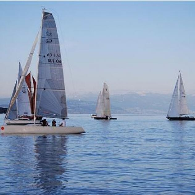 Sailing lessons on Lake Geneva - Rolle