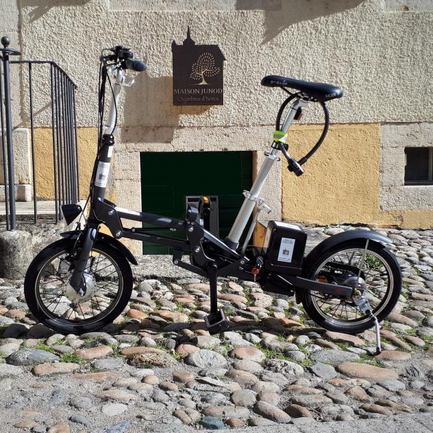 E-biking and stays surrounded by history