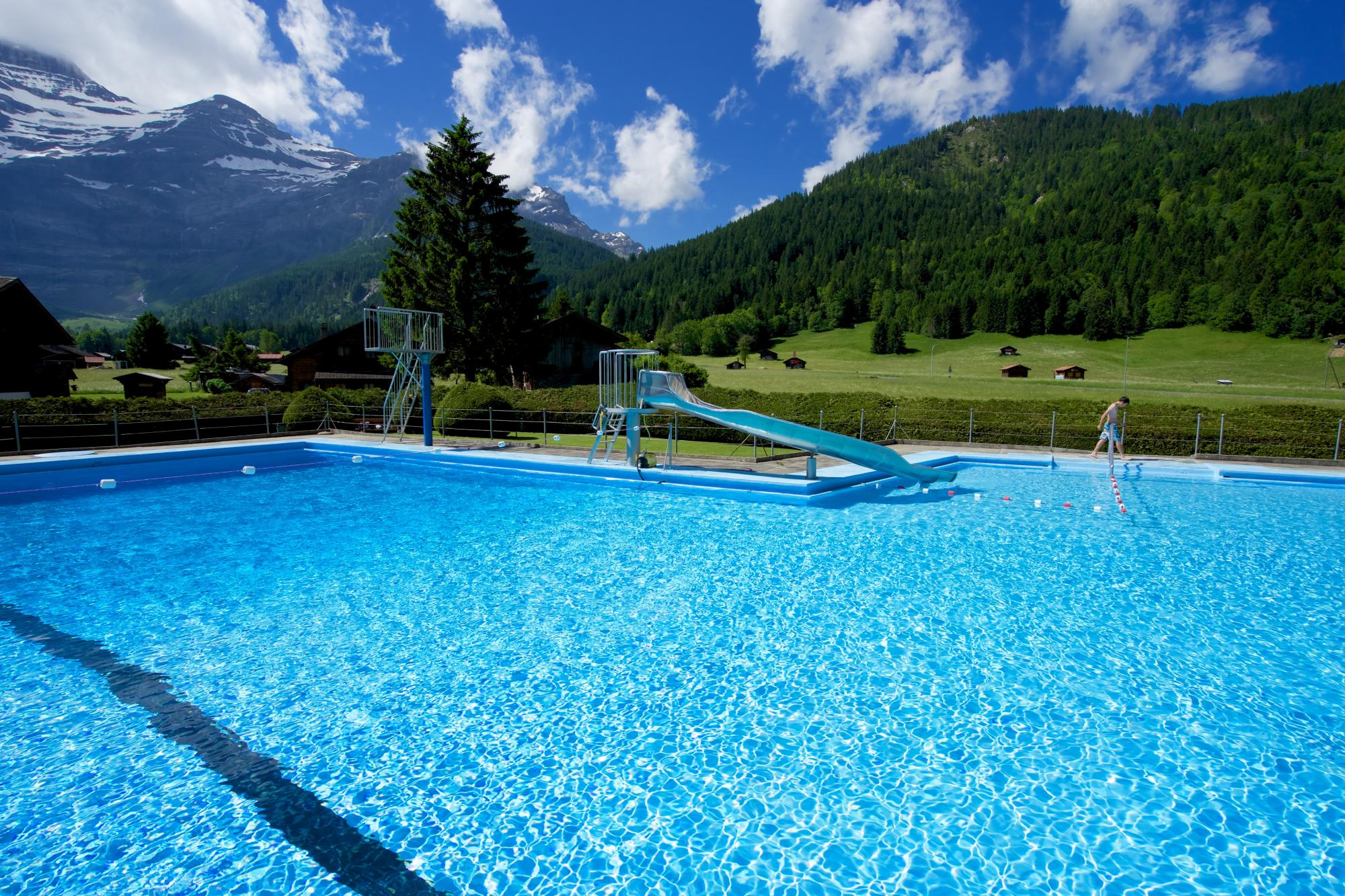 Les diablerets swimming pool villars gryon les for Les piscines