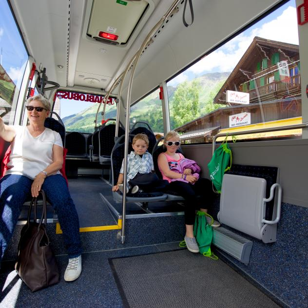 Bus Postal Les Diablerets - Gstaad