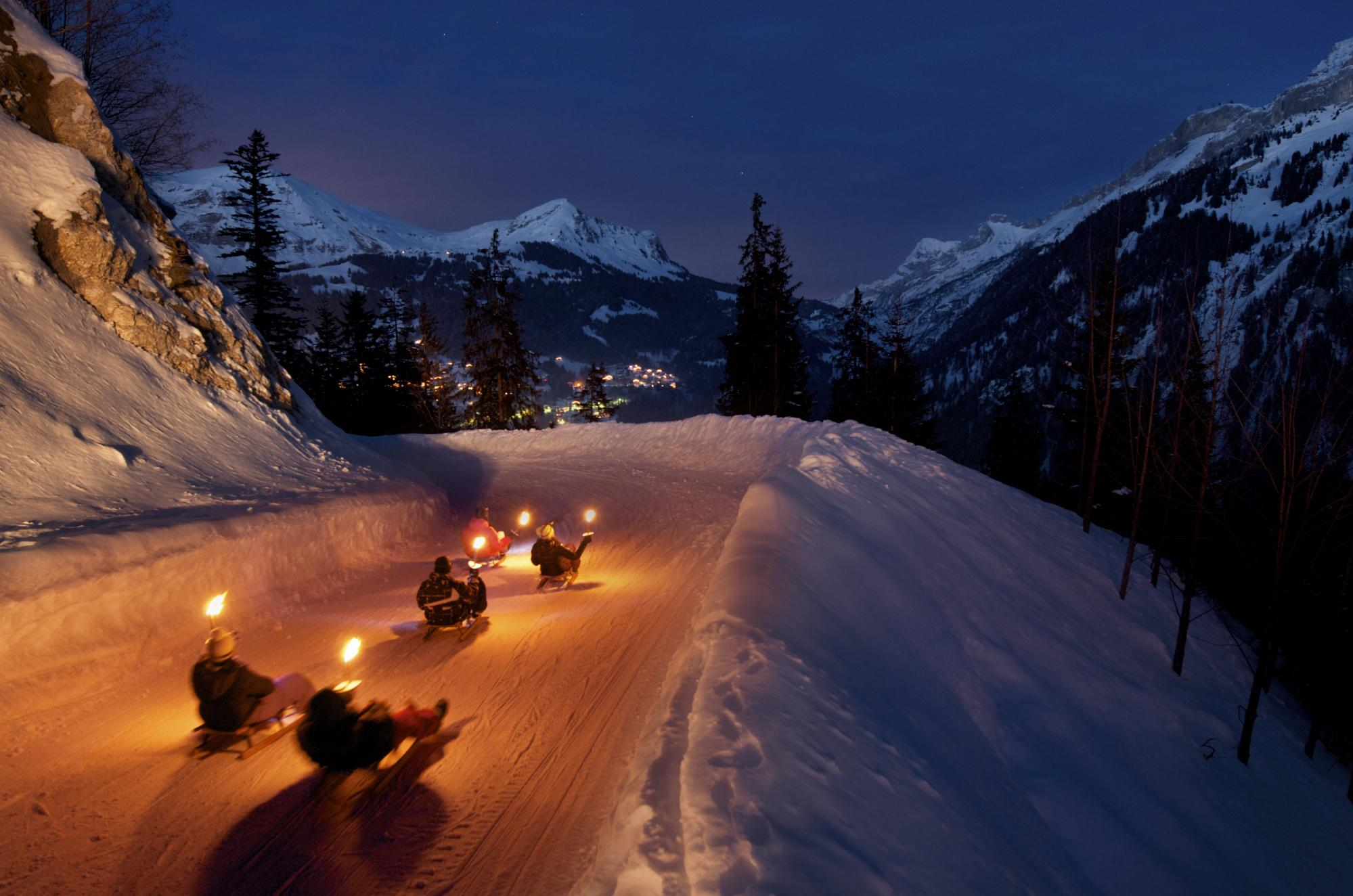 """Sledging and fondue"" at Les Diablerets"