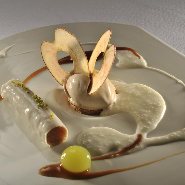 Le Cerf  (2**/18 points GM) - © © Photo P-M Delessert_Restaurant le Cerf