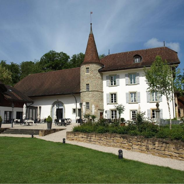 Romantic stay at Château Salavaux