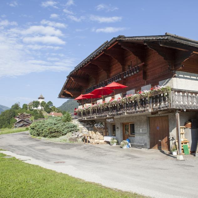 Le Chalet, restaurant and cheese-making demonstration