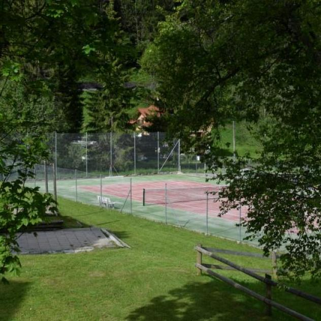 L'Etivaz Tennis Courts
