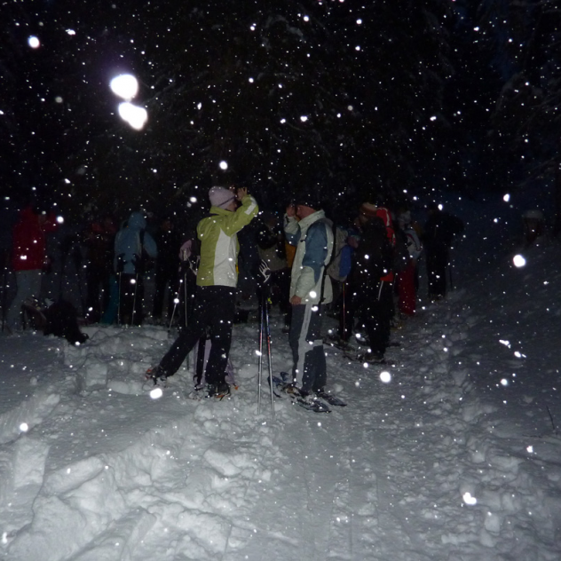 Night snowshoe outing at the Marchairuz pass