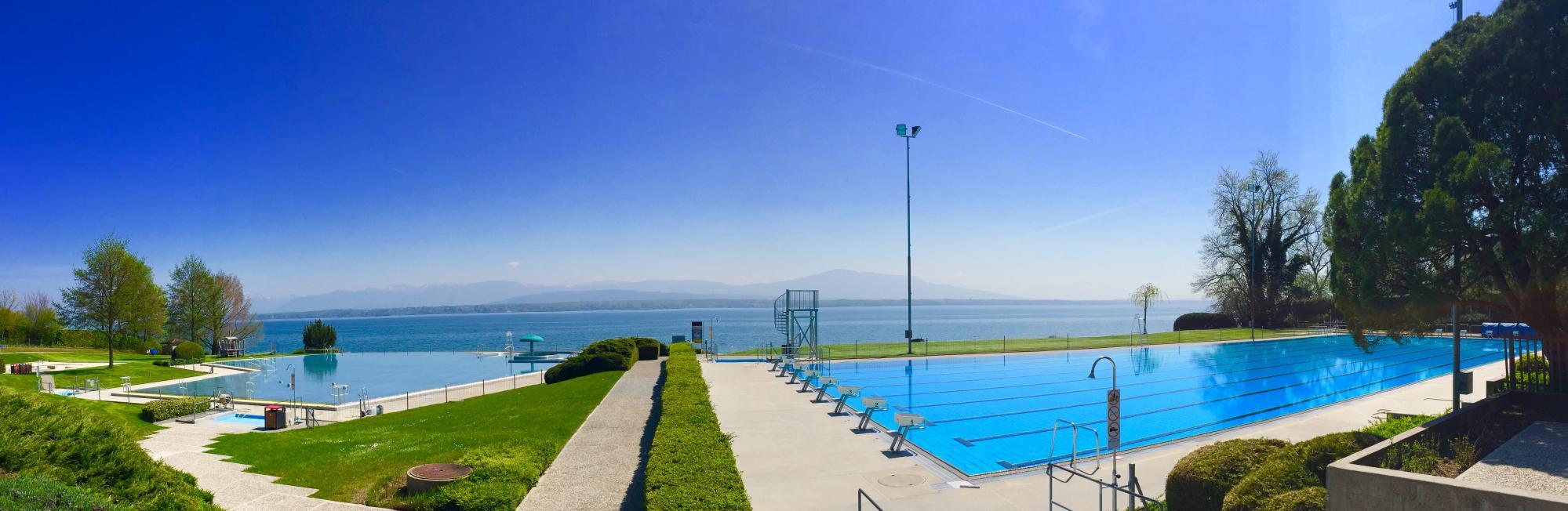 Piscine de colovray la c te tourisme suisse for Construction piscine jura