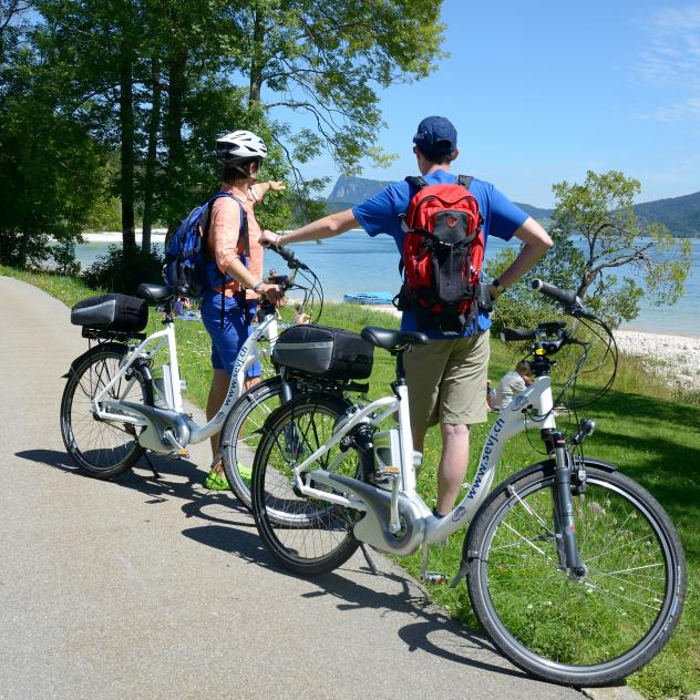 E-Bike around the Lac de Joux