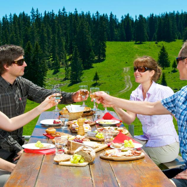 Mountain chalet restaurants in summer