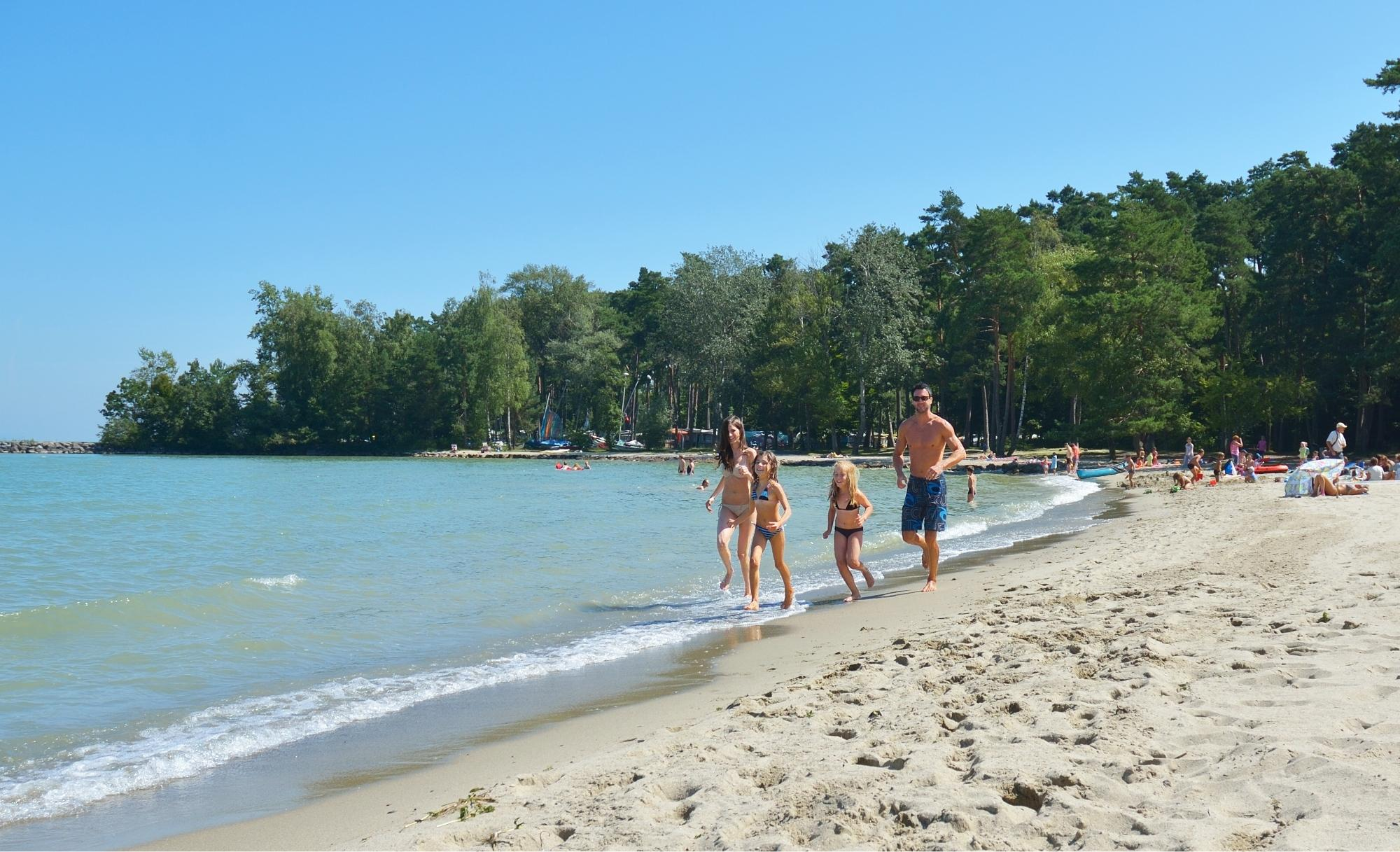 Yvonand yverdon les bains region jura lac suisse for Piscine yverdon