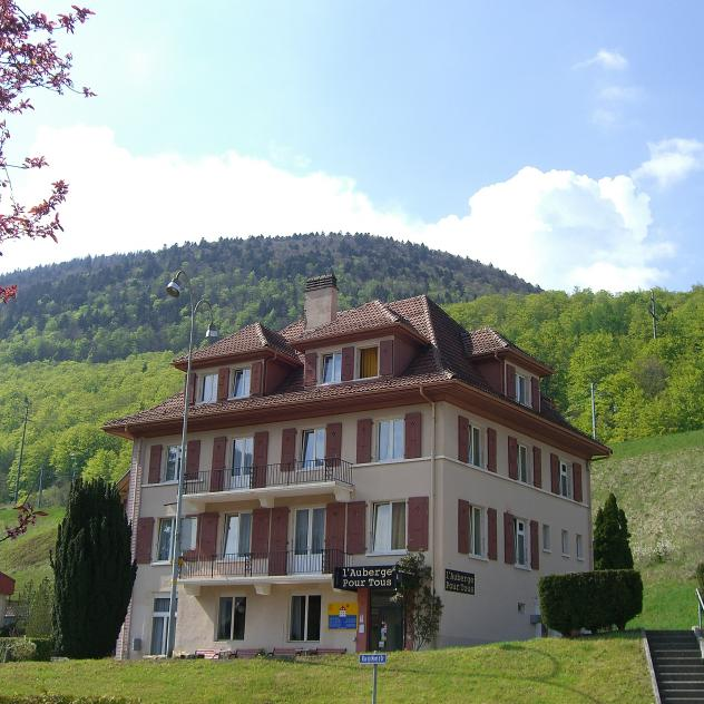 L'Auberge Pour Tous - groups and individuals