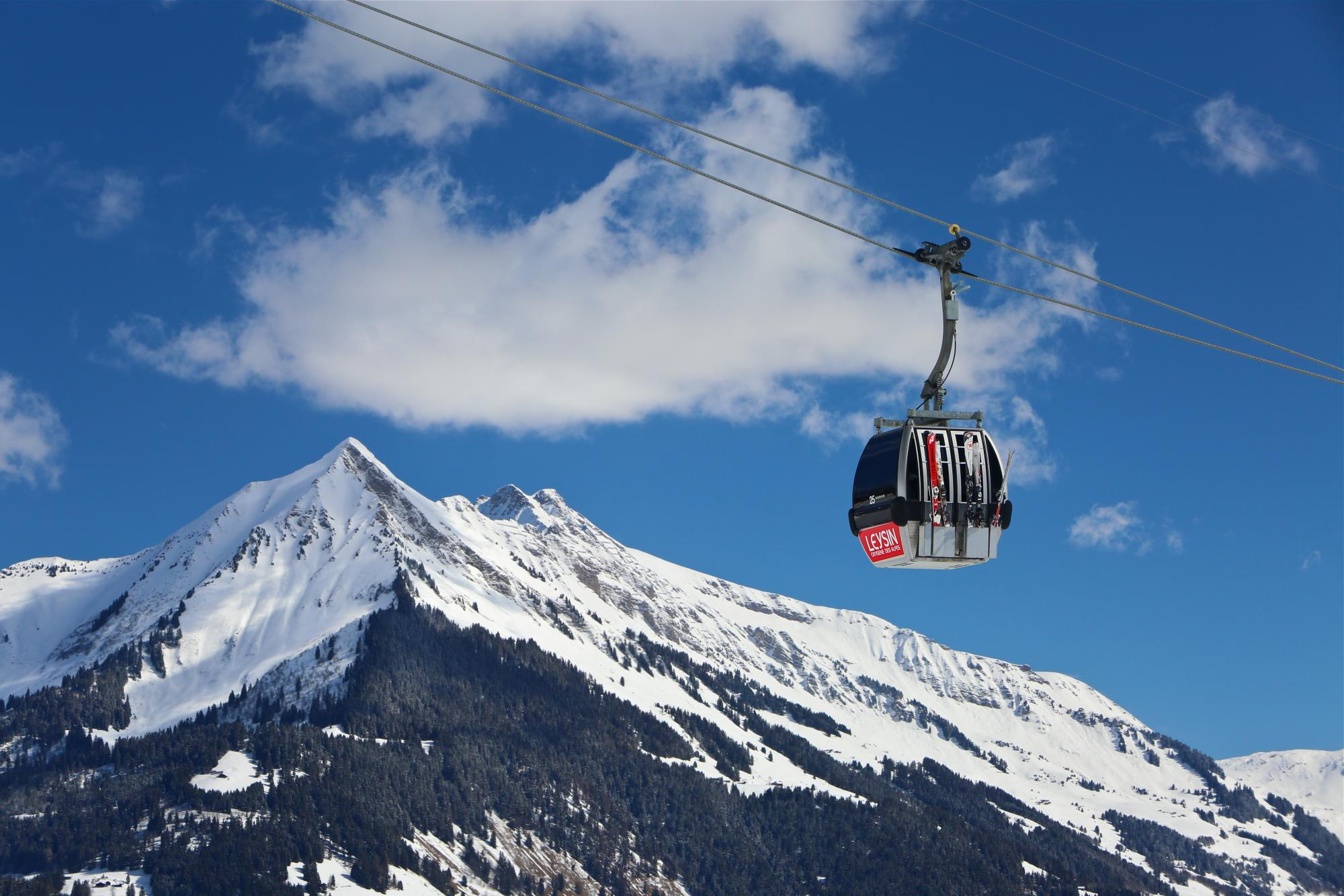 Leysin Cable Car - Pic Chaussy - Winter