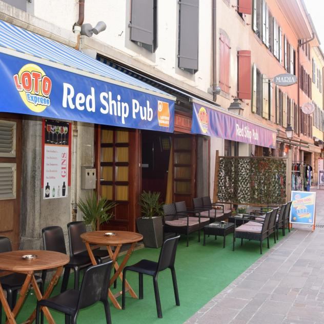 Red Ship Pub