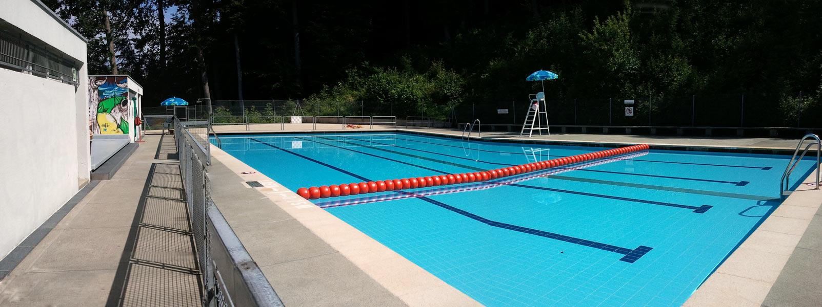 Bellevaux swimming pool