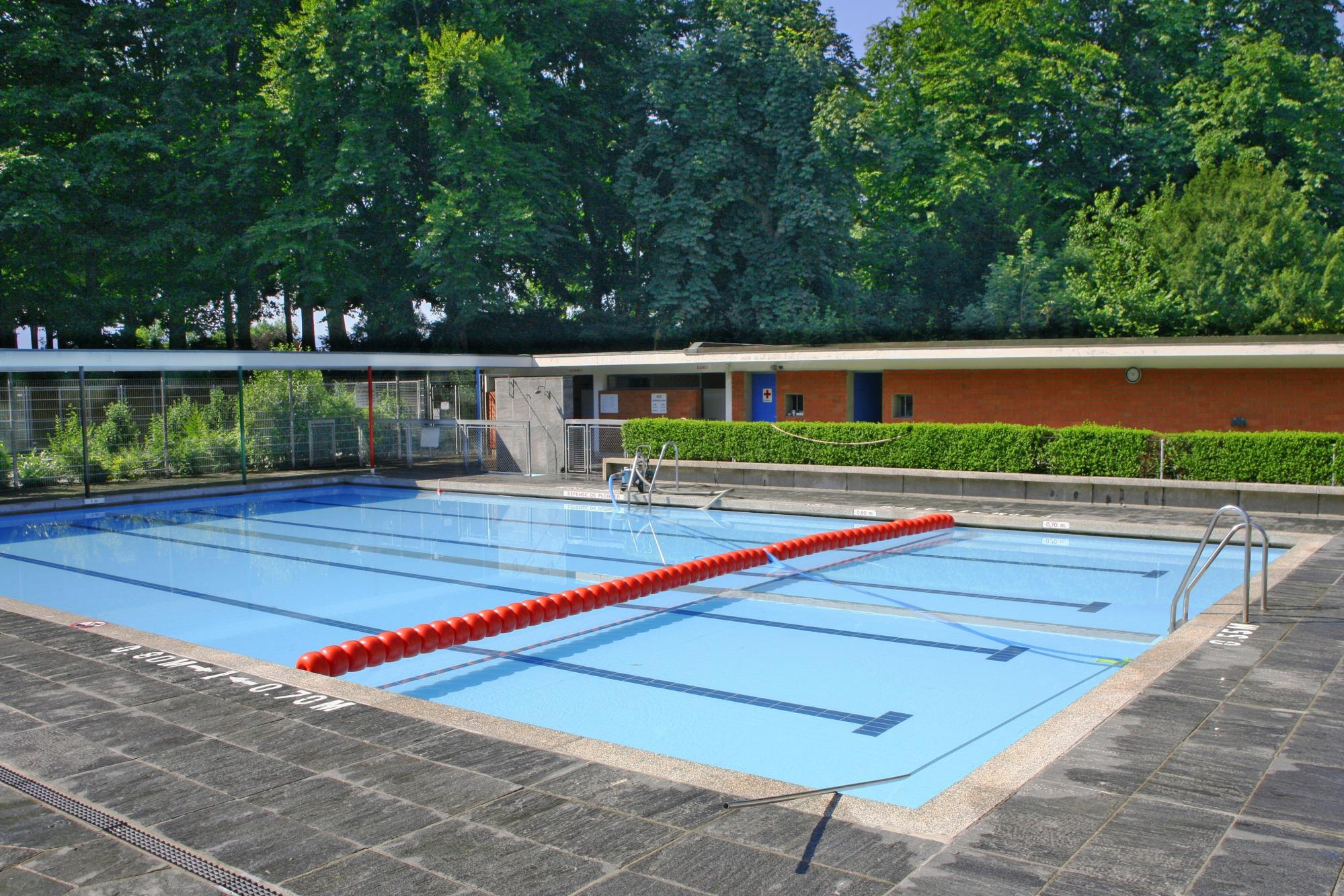 Montétan swimming pool