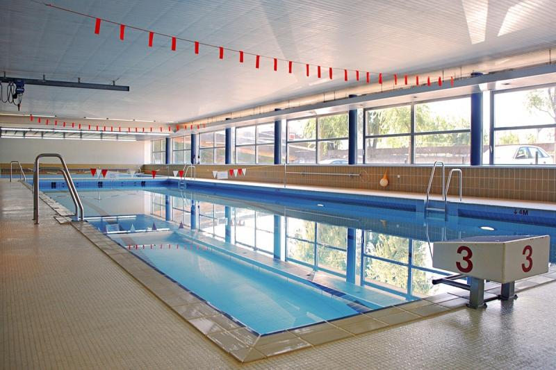 Les Bergières - indoor swimming pool - © SdS