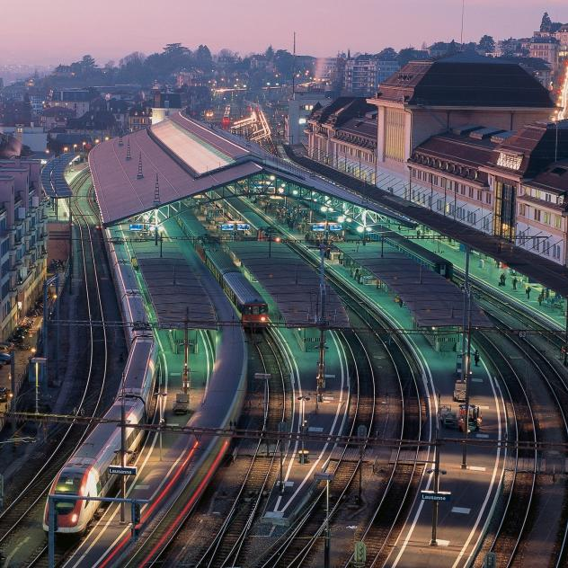 Lausanne Railway Station - © Swiss-images.ch