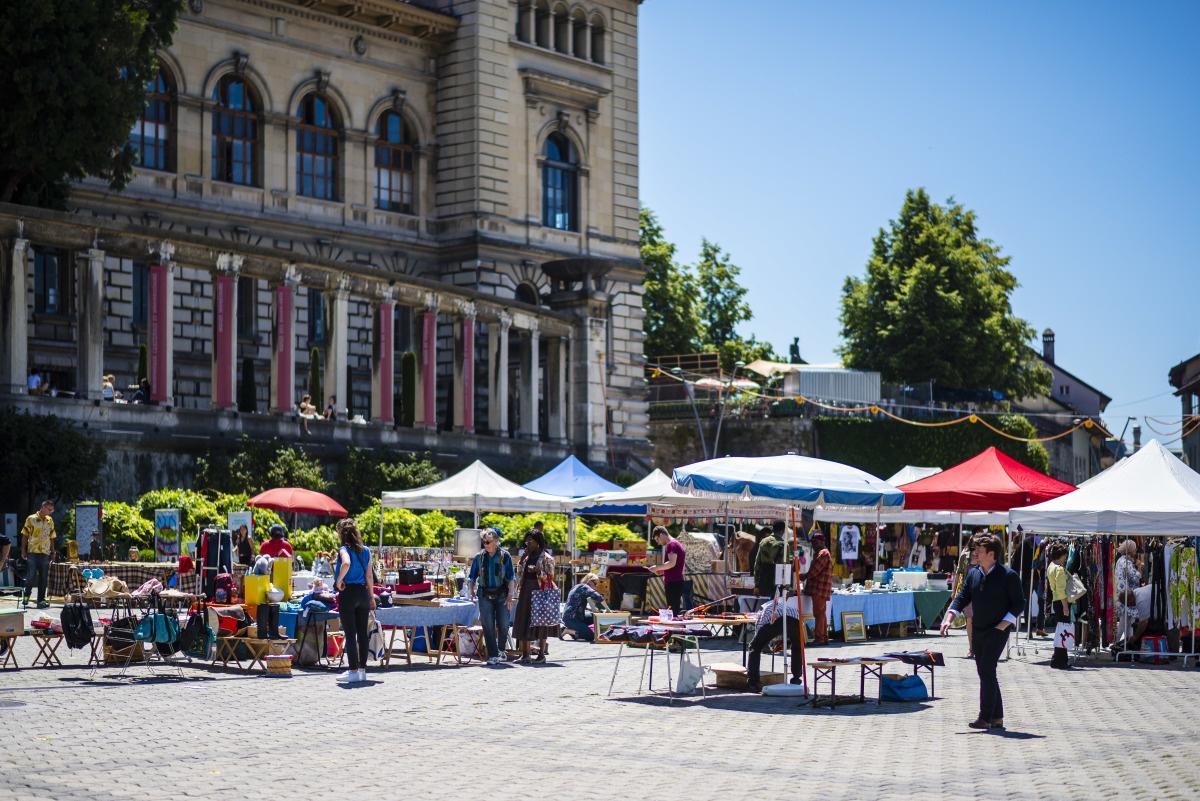 Place De La Riponne Lausanne Tourisme