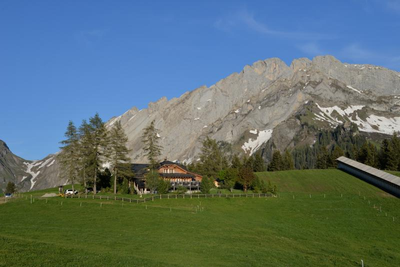 Refuge and mountain chalet at Frience