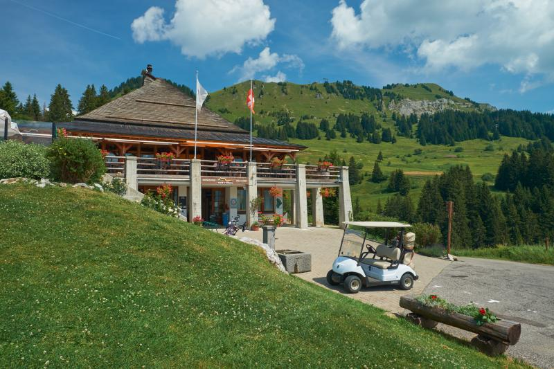 Le restaurant du Golf et sa terrasse panoramique