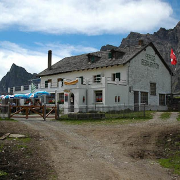 La Tour Mountain Hut