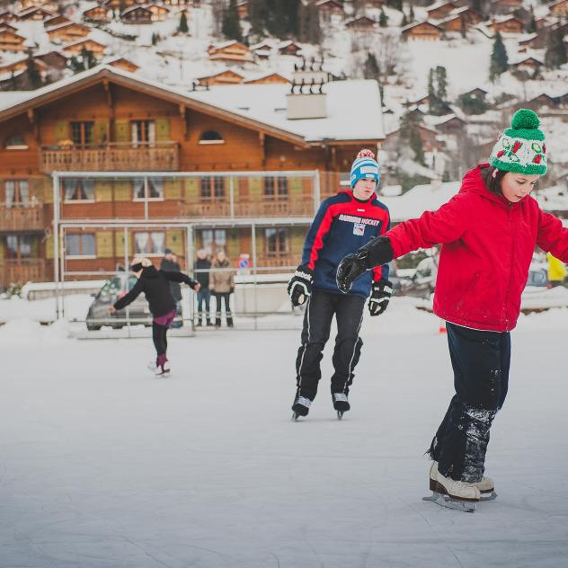 Ice skating in Les Diablerets