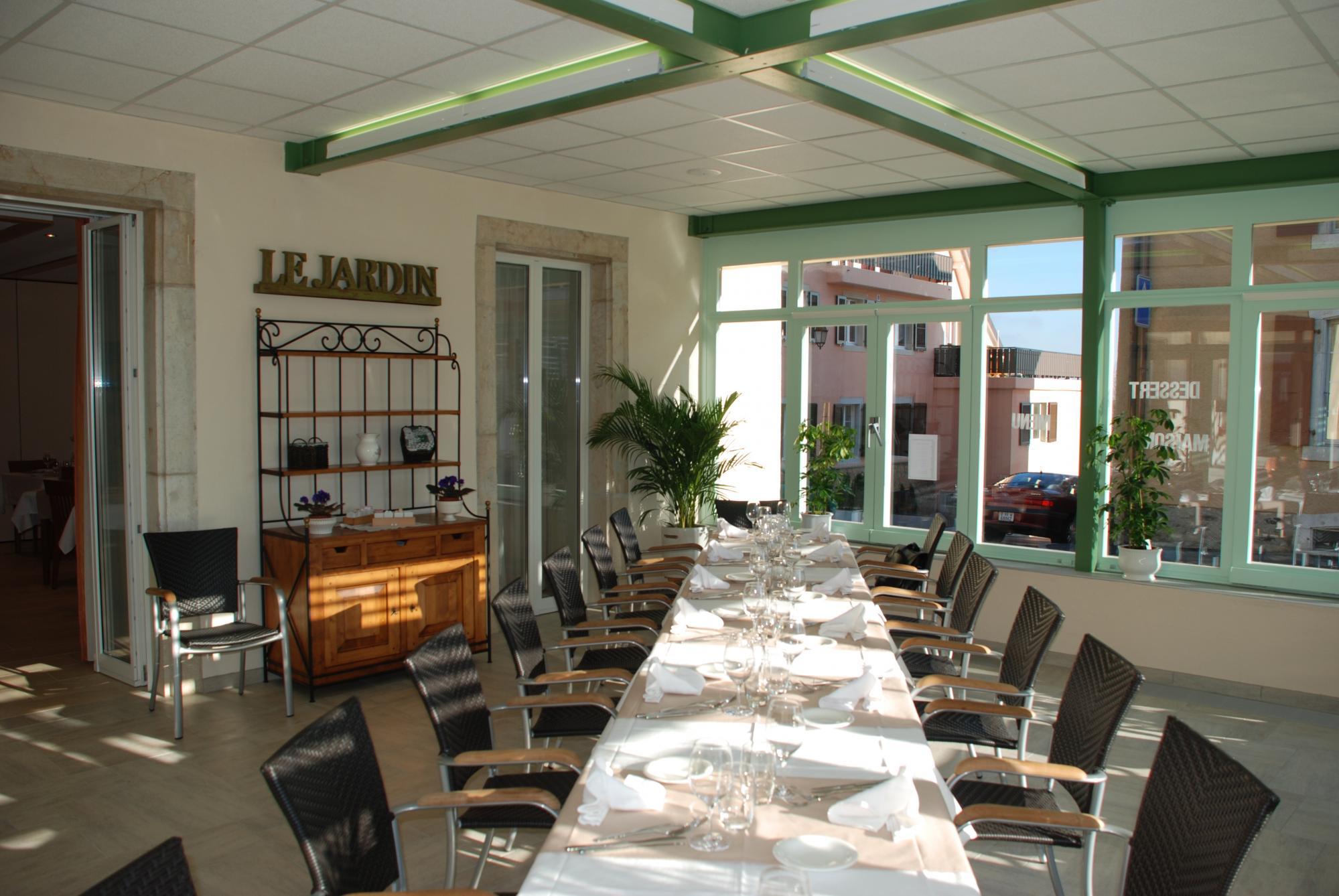 Modernes Harmonia Appartement Verzaubert Urban Design | Restaurant Auberge Aux Deux Sapins Morges Region Schweiz