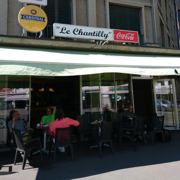Bars la gruy re for Le buro bulle