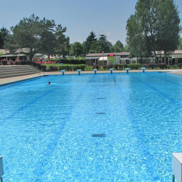 Piscines wellness fribourg r gion for Construction piscine fribourg