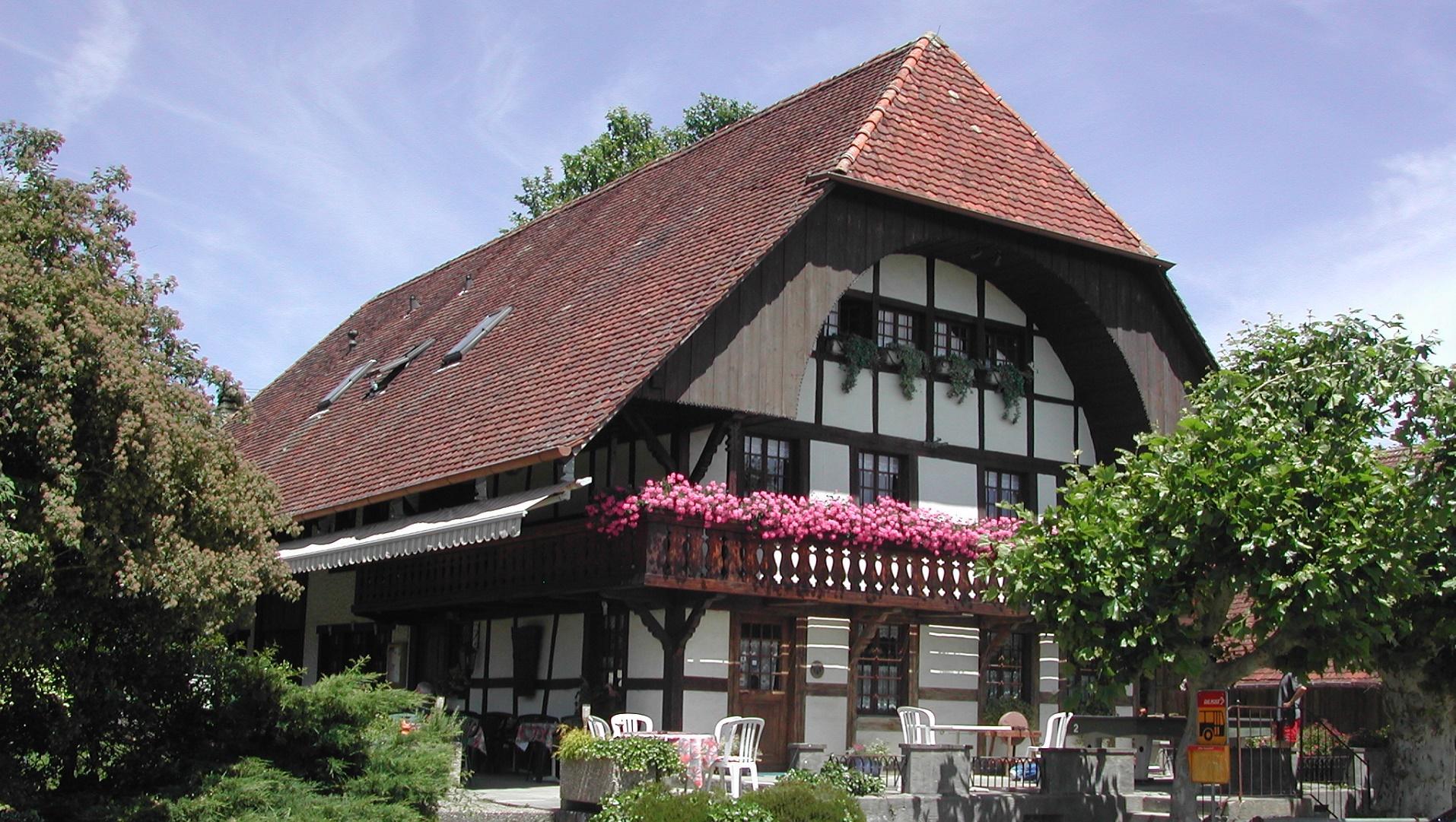 Restaurant zum bauernhof r gion lac de morat for Le jardin morat