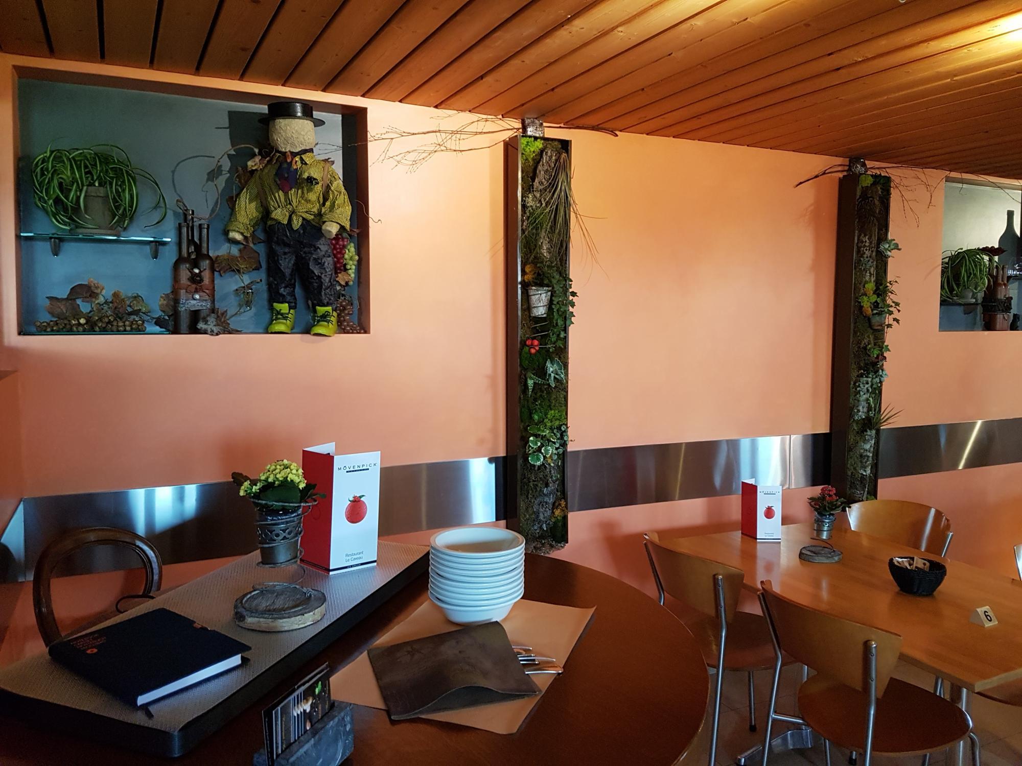 Restaurant le kvo r gion lac de morat for Restaurant le jardin morat