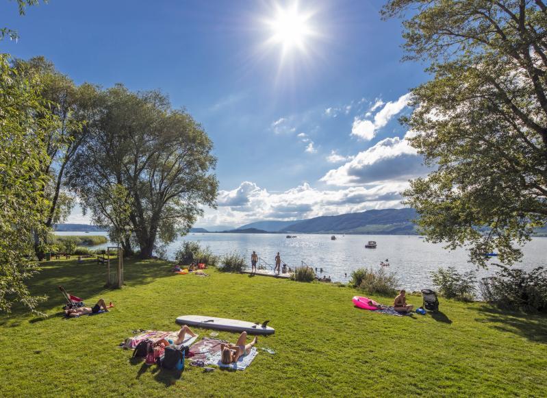 Badeplatz Mörigen Mörigen Wassersport Biel Seeland Schweiz