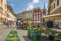 Vegetable and fruit market, Biel
